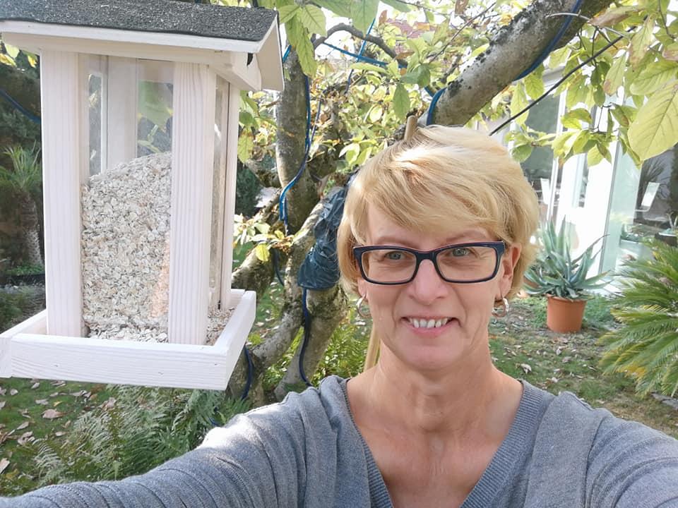 Karin-Maier-im-eigenen-Garten